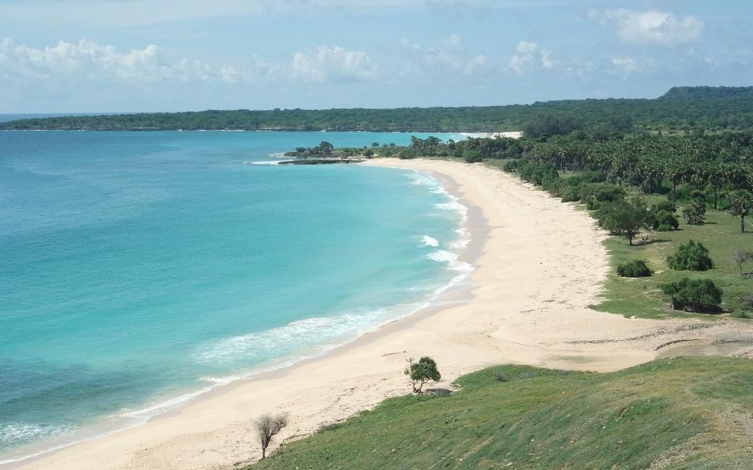 pantai liman pulau semau