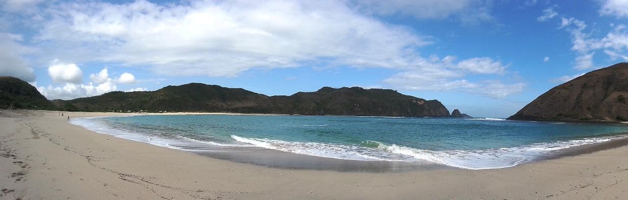 panorama pantai mawun