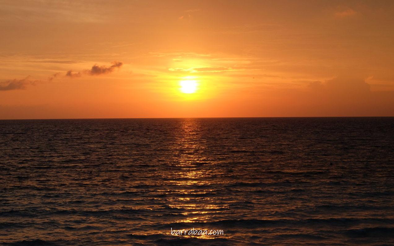 sunset pantai tanjung bira